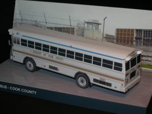 Sheriff's bus - Cook County rear view - Papercrafts.it