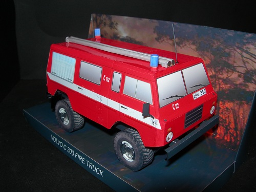 Volvo C 303 Fire Pump Truck - Papercrafts.it