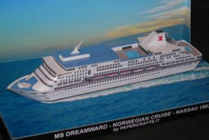 MS Dreamward Papercraft_1