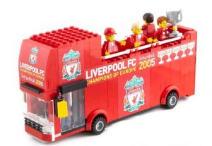 lfc-foto3_lego-liverpool-fc-champions-league-winners-2005-parade-bus-kit